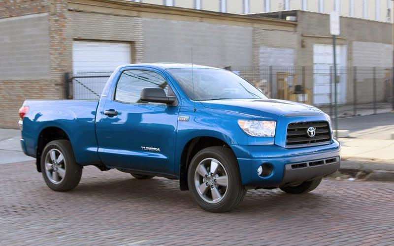 Фото Toyota Tundra  (2006-2009)