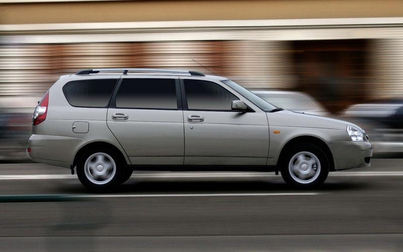 Фото Lada Priora Wagon  (2009-2012)