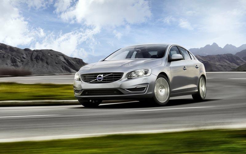 Фото Volvo S60
