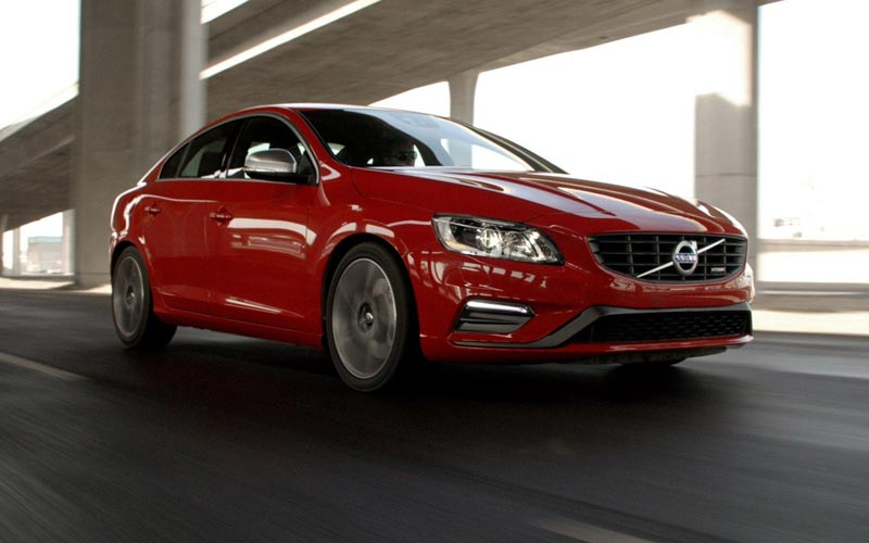 Фото Volvo S60 R-Design
