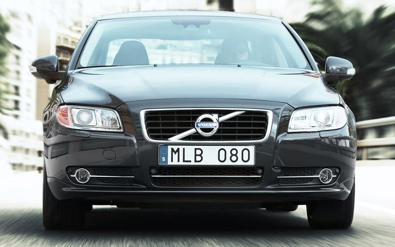 Фото Volvo S80  (2009-2013)