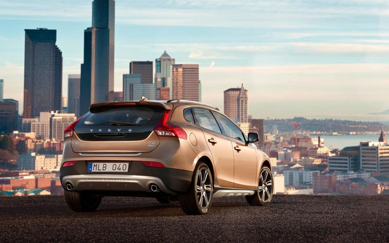 Фото Volvo V40 Cross Country  (2013-2016)