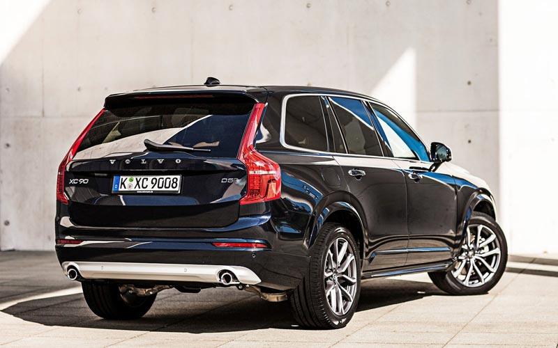 Фото Volvo XC90