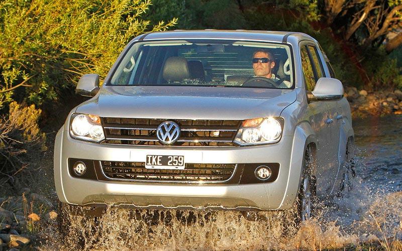 Фото Volkswagen Amarok  (2010-2016)