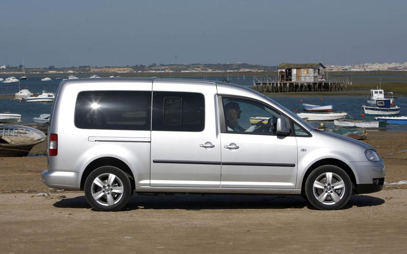 Фото Volkswagen Caddy Maxi  (2003-2010)