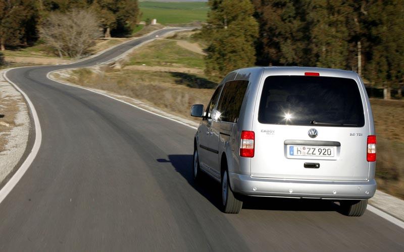 Фото Volkswagen Caddy Maxi  (2003-2010)