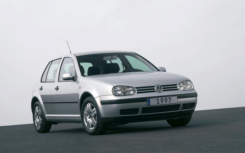 Фото Volkswagen Golf  (1997-2003)