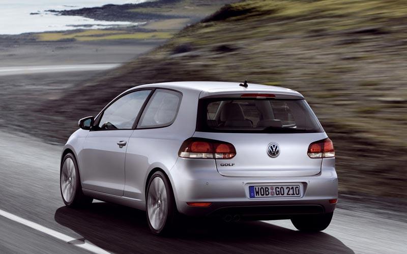 Фото Volkswagen Golf 3-Door  (2008-2012)