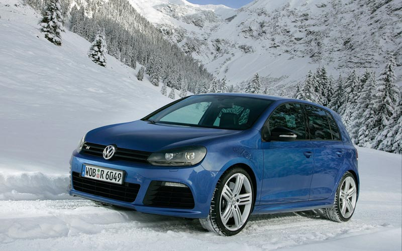Фото Volkswagen Golf R  (2010-2012)