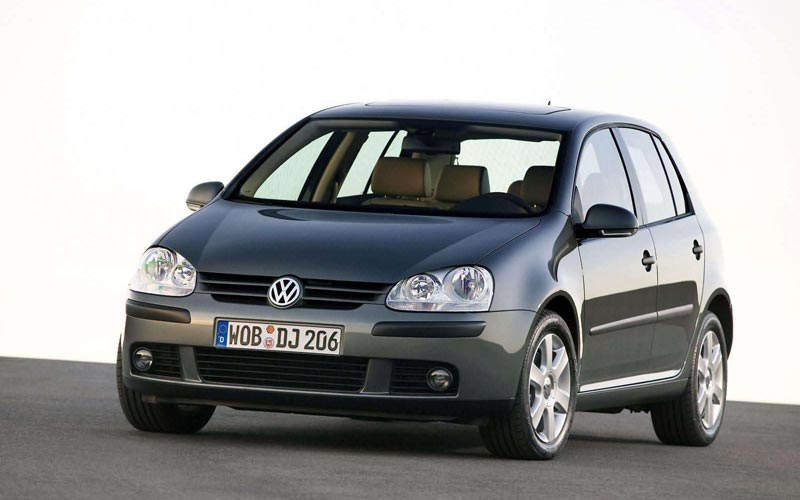 Фото Volkswagen Golf  (2004-2008)