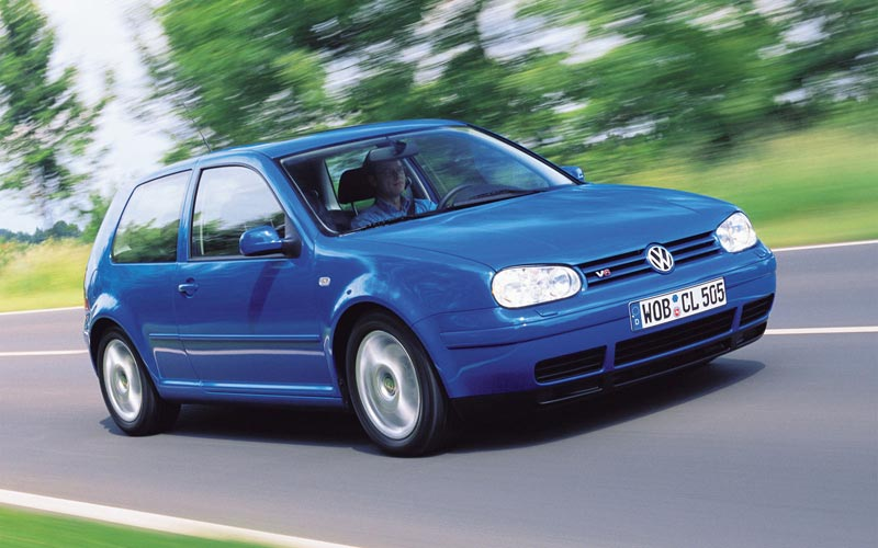 Фото Volkswagen Golf 3-Door  (1997-2003)