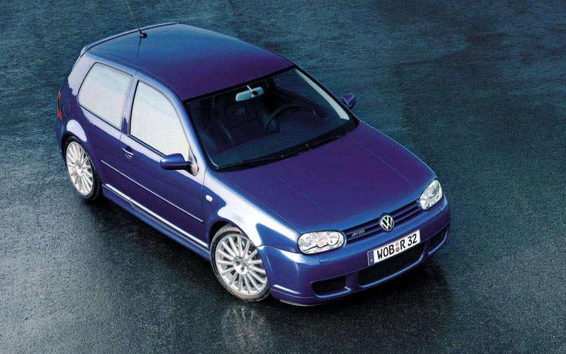 Фото Volkswagen Golf R32  (2002-2004)