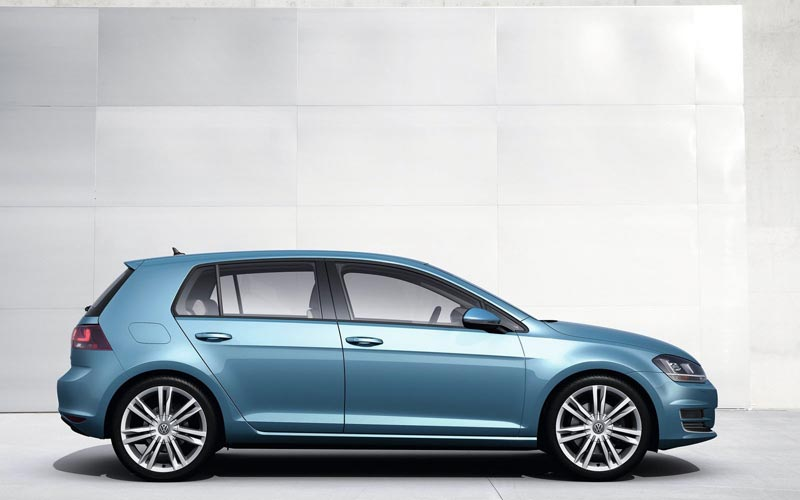 Фото Volkswagen Golf  (2012-2016)