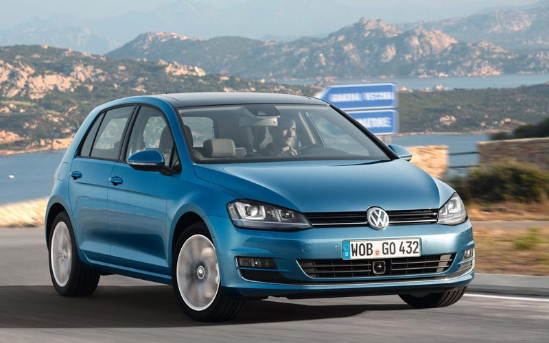 Фото Volkswagen Golf  (2012-2016)