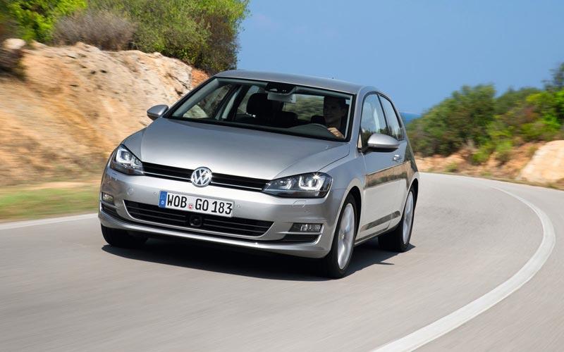Фото Volkswagen Golf 3-Door