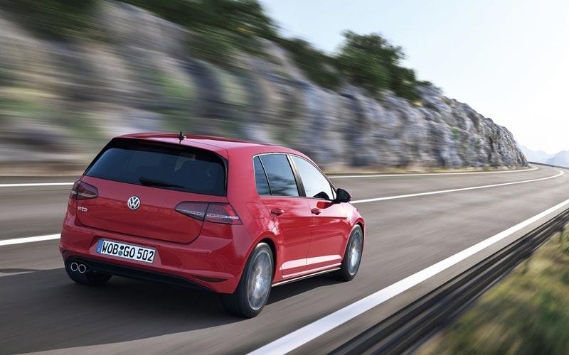 Фото Volkswagen Golf GTD  (2013-2016)