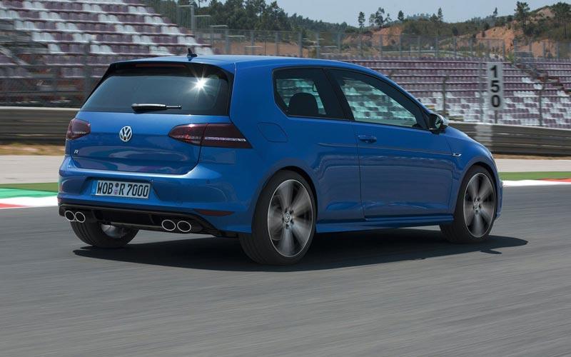 Фото Volkswagen Golf R  (2013-2016)