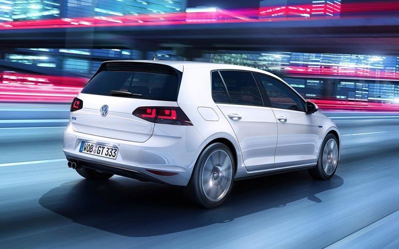 Фото Volkswagen Golf GTE  (2014-2016)