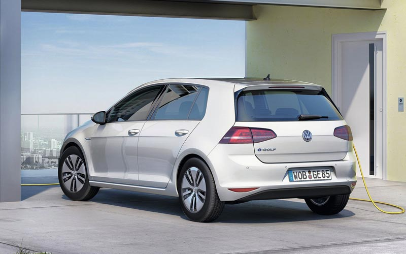 Фото Volkswagen e-Golf  (2013-2016)