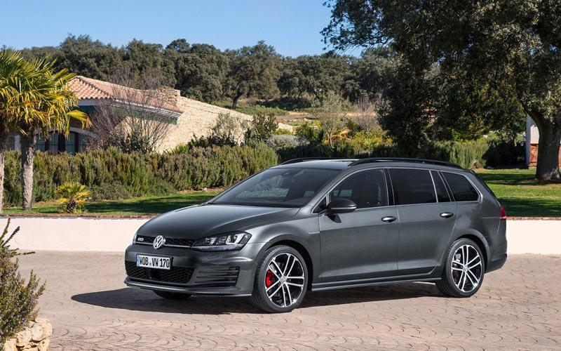 Фото Volkswagen Golf GTD Variant  (2015-2016)