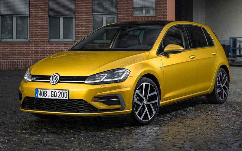 Фото Volkswagen Golf  (2016-2019)