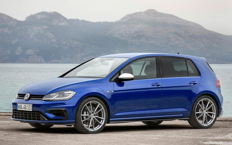 Фото Volkswagen Golf R  (2017-2019)