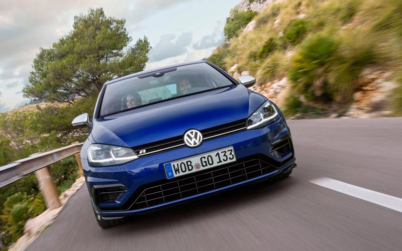 Фото Volkswagen Golf R