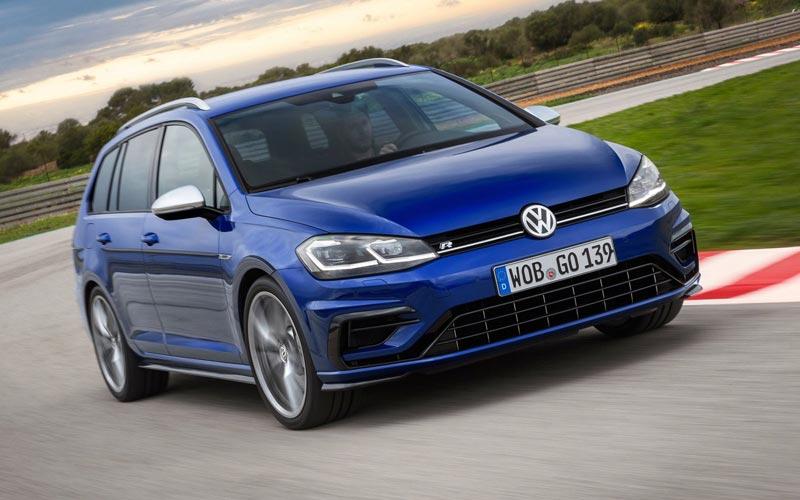 Фото Volkswagen Golf R Variant
