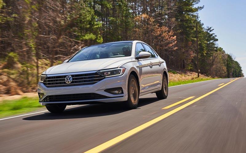Фото Volkswagen Jetta 2018
