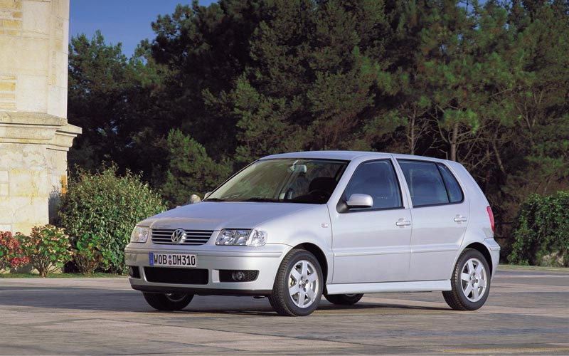 Фото Volkswagen Polo  (1999-2001)