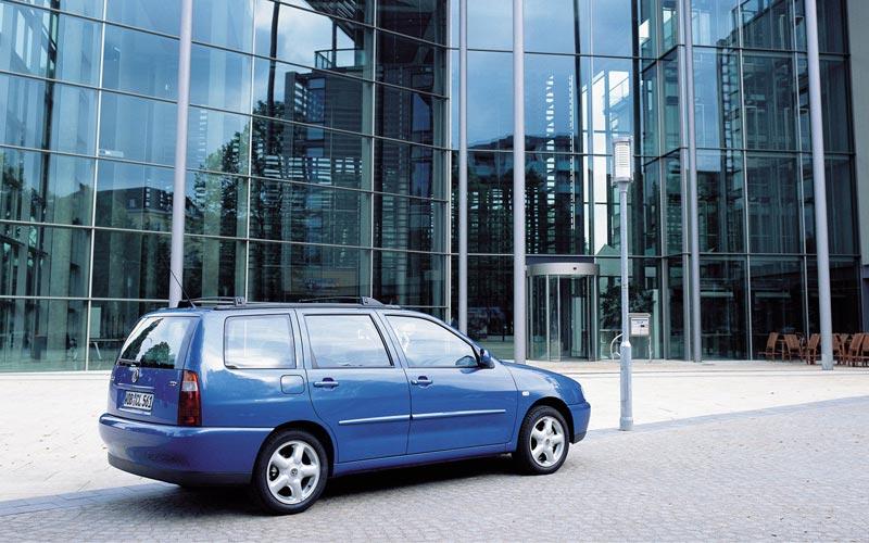 Фото Volkswagen Polo Variant  (1999-2001)