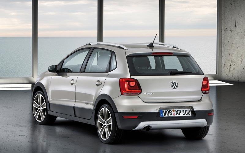Фото Volkswagen CrossPolo  (2010-2014)