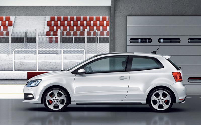 Фото Volkswagen Polo GTI  (2010-2014)