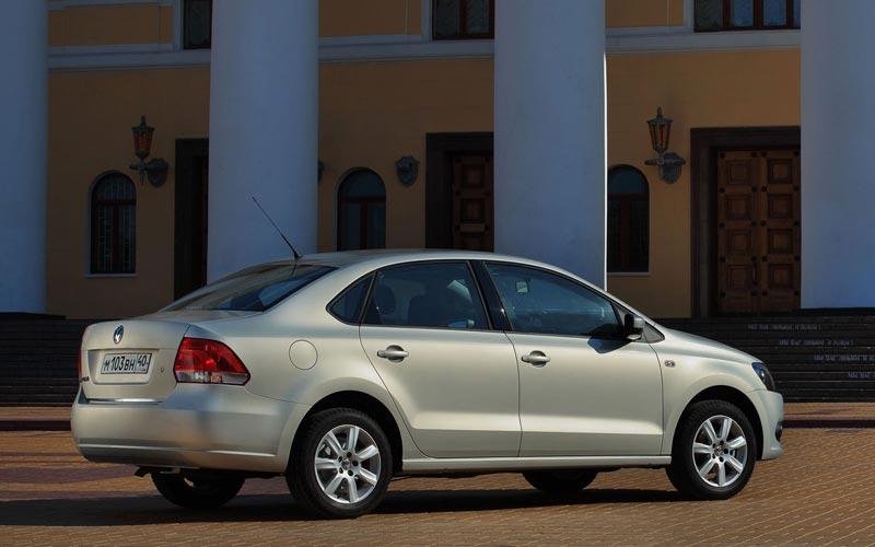 Фото Volkswagen Polo Sedan  (2010-2015)