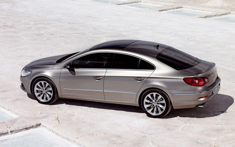 Фото Volkswagen Passat CC  (2008-2011)