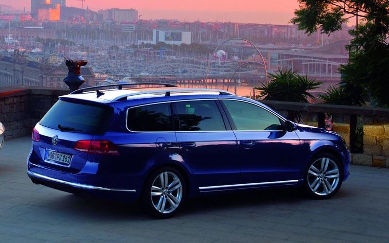 Фото Volkswagen Passat Variant  (2011-2015)