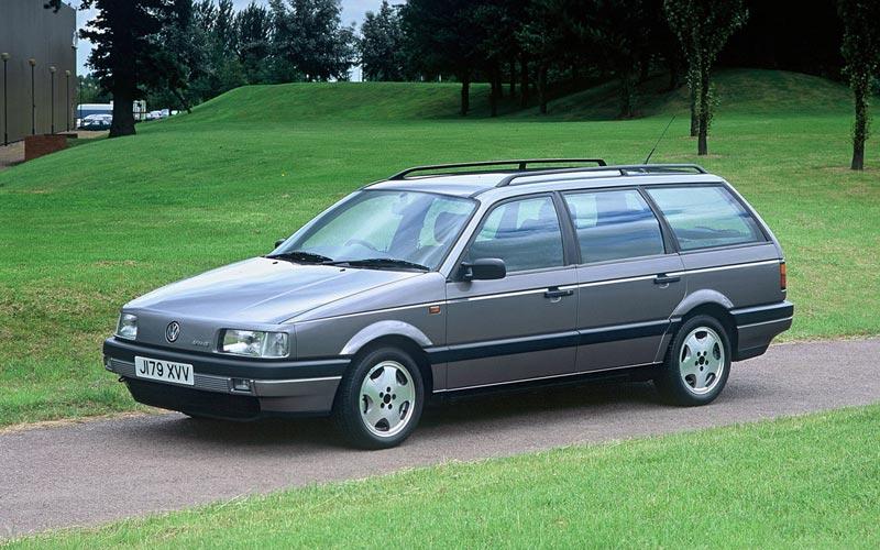 Фото Volkswagen Passat Variant  (1988-1993)