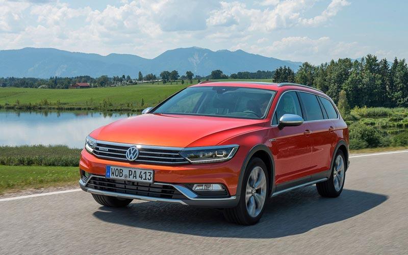 Фото Volkswagen Passat Alltrack