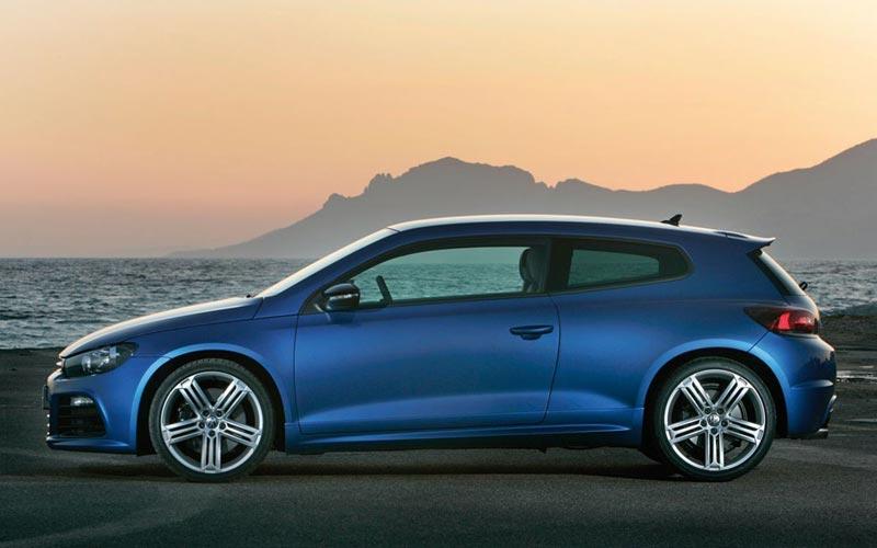 Фото Volkswagen Scirocco R  (2009-2014)