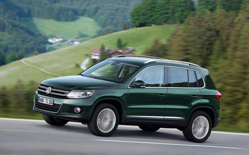 Фото Volkswagen Tiguan  (2011-2016)