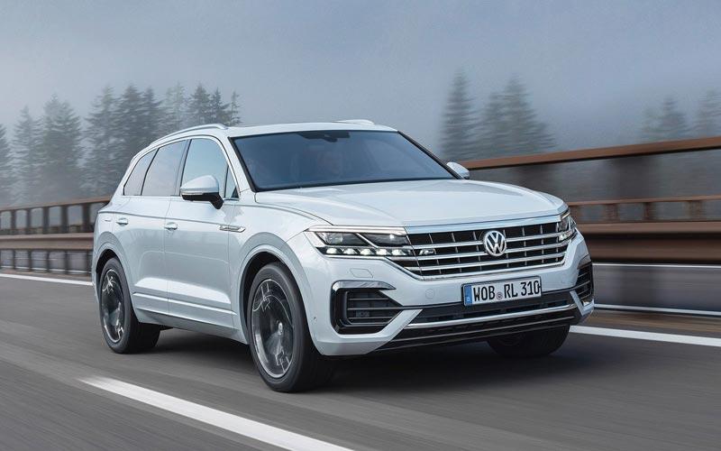 Фото Volkswagen Touareg 2018