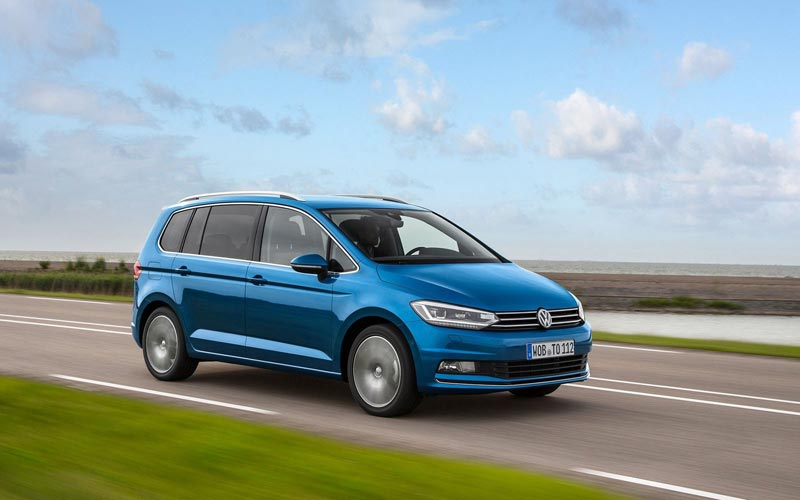 Фото Volkswagen Touran