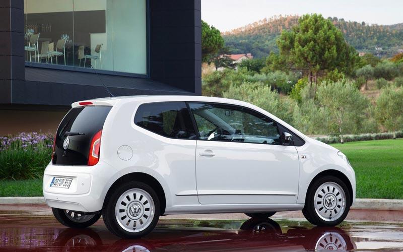 Фото Volkswagen Up  (2011-2016)