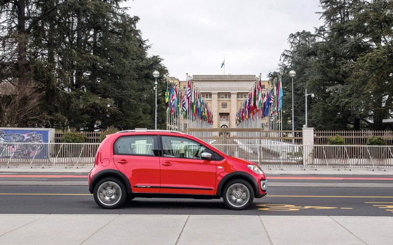 Фото Volkswagen Cross Up