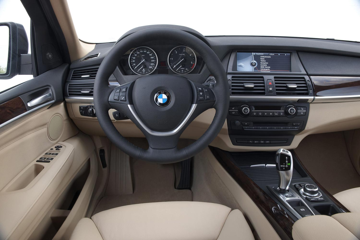 bmw x5   салона