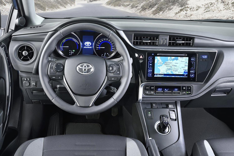 Тойота аурис все для интерьера