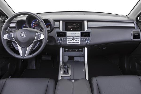 Интерьер салона Acura RDX