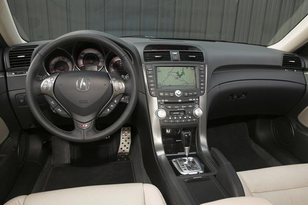 Интерьер салона Acura TL Type-S