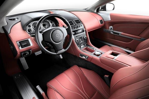 Интерьер салона Aston Martin DB9 Volante