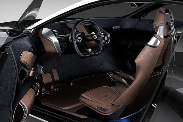 Интерьер салона Aston Martin DBX